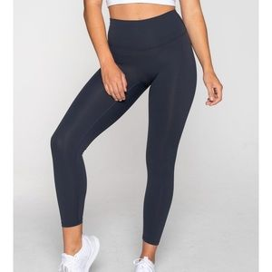 Muscle Republic LUXE 7/8 LEGGING MIDNIGHT NAVY